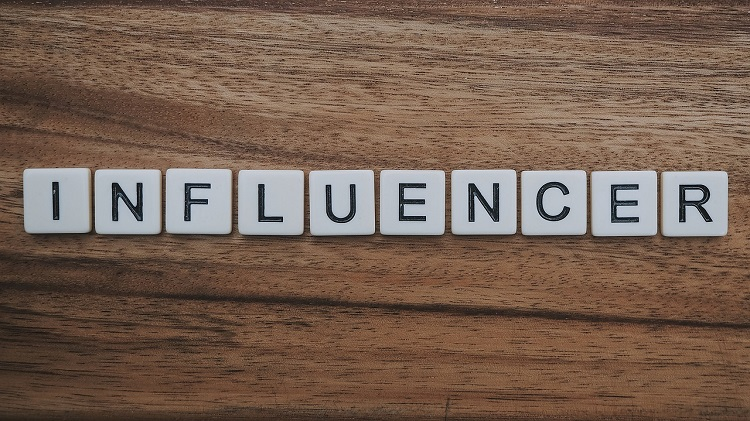 Influencer Marketing-Gestion de redes sociales-SEO